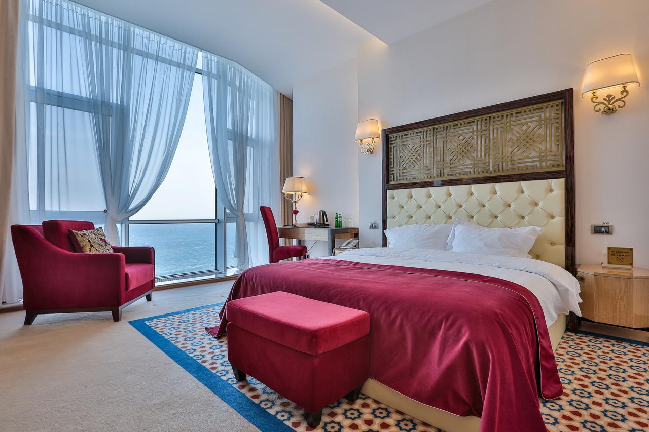Курортный спа-отель Kadorr. Фото: Bookind