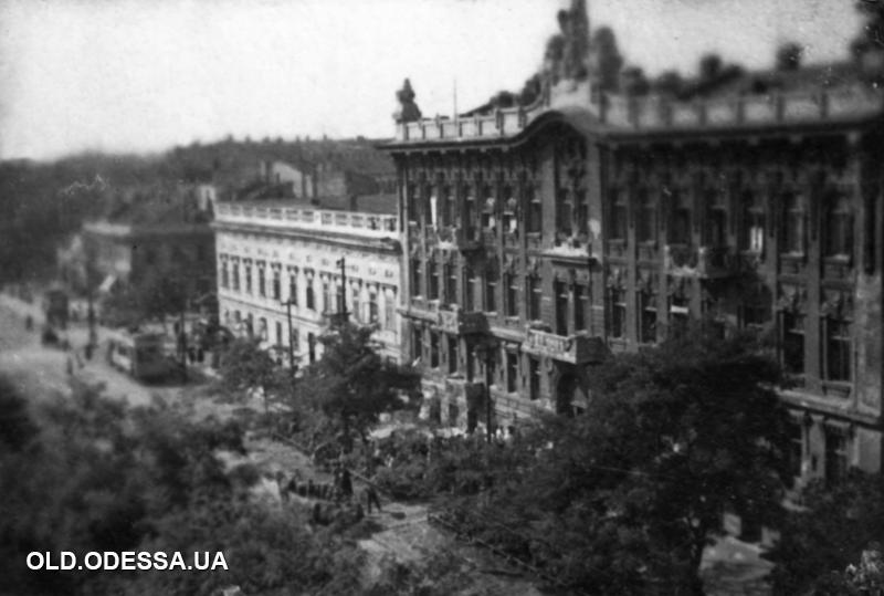 Одесса, улица Франца Меринга. Дома № 68 (двухэтажный) и № 66 (трехэтажный). 1938 год. Источник: viknaodessa.od.ua