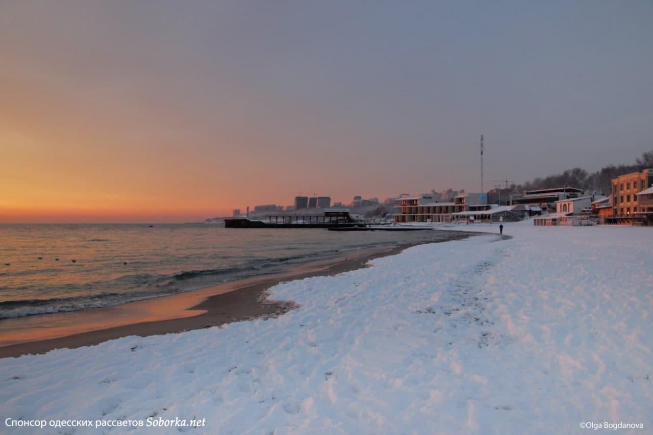 Рассвет на море в Одессе. Фото: Ольга Богданова