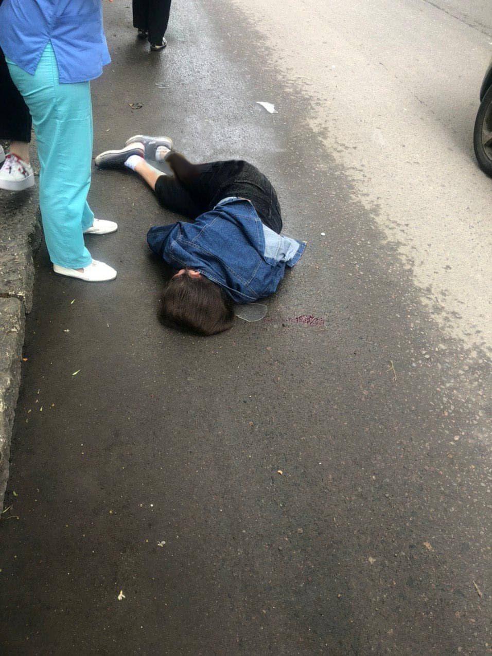Шла по пешеходному переходу: на Молдаванке сбили 15-летнюю девушку