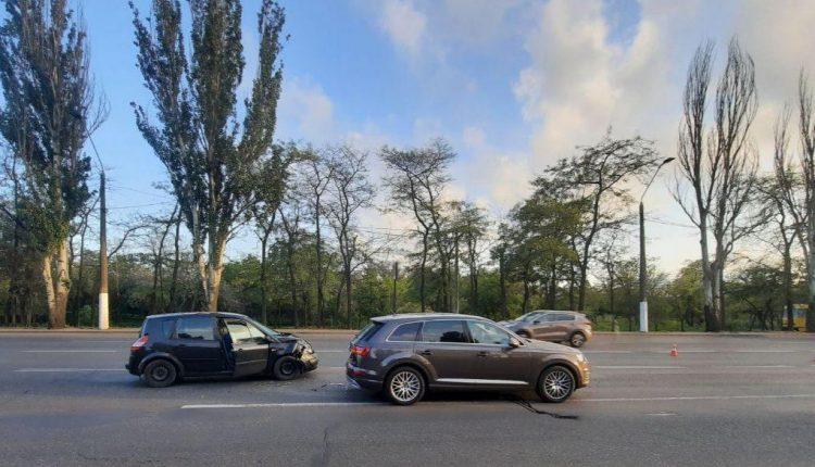 ДТП на Николаевской дороге. Фото: очевидцы