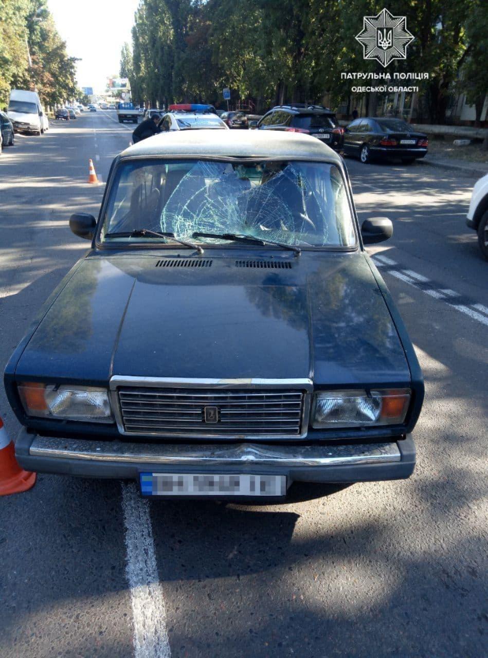 Осталась большая вмятина: на Черемушках сбили пешехода. Фото полиции области