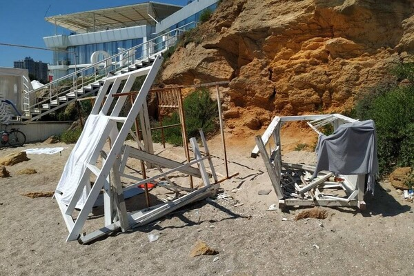 Сезон: на одесских пляжах оставляют горы мусора фото 1