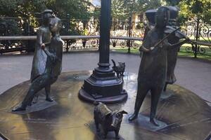 Отломали и унесли: из одесского Горсада пропала скульптура фото