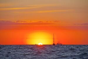 Августовские рассветы: посмотри, как прекрасно утро в Одессе фото 2