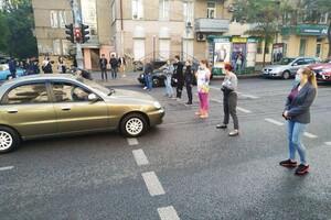 Без сна из-за круглосуточной дискотеки: одесситы перекрыли улицу фото 2