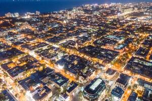 Тысячи огней: посмотри на ночную Одессу с высоты птичьего полета фото