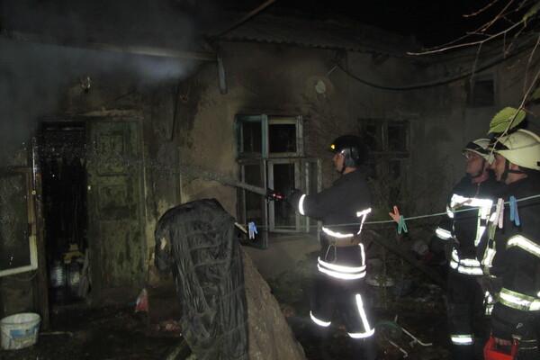 Не смогли спасти: на пожаре в Одессе погибла пенсионерка фото 2
