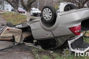 В ДТП на Таирова перевернулся автомобиль: есть пострадавшие фото 2