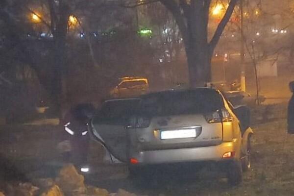 """""""Веселая"""" суббота: в Одессе водитель """"Лексуса"""" сносил все на своем пути фото 3"""