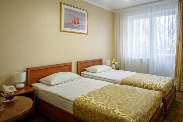 В Одессе гостиница начала принимать коронавирусных больных: что почем  фото