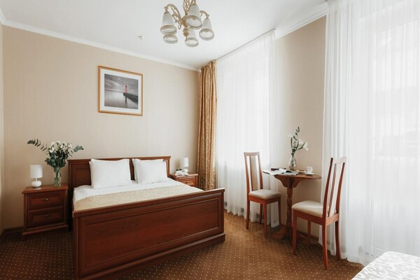 В Одессе гостиница начала принимать коронавирусных больных: что почем  фото 2