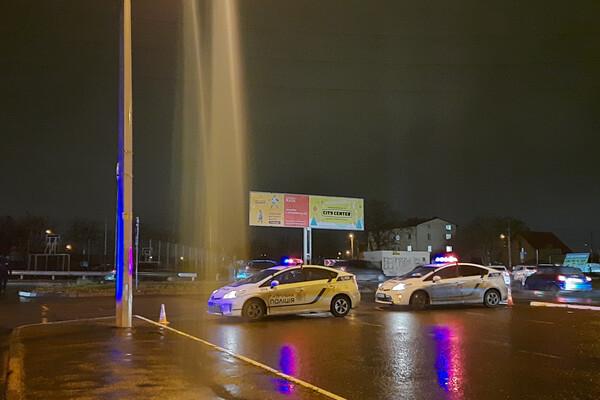 В Одессе запретили проводить автогонки: водители устроили бунт у вокзала и аэропорта фото 4