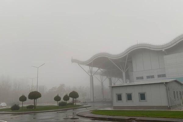 Из-за тумана: в Одесском аэропорту не могут приземлиться самолеты (обновлено) фото