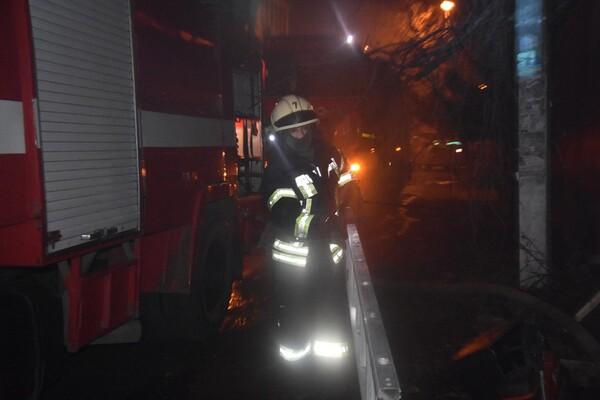 Не успели спасти: на пожаре в Аркадии погиб мужчина фото