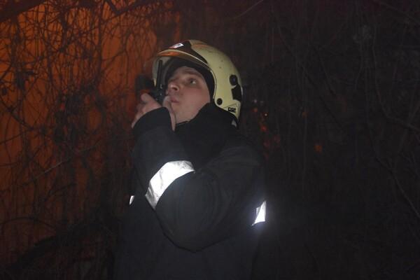 Не успели спасти: на пожаре в Аркадии погиб мужчина фото 1