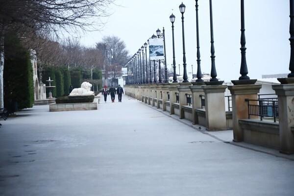 Готовь санки летом: в Одессе начали подготовку к курортному сезону  фото