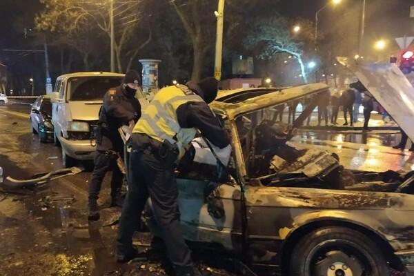 На Молдаванке столкнулись пять автомобилей: один из водителей сгорел заживо фото 1