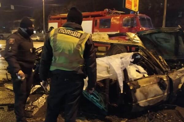 На Молдаванке столкнулись пять автомобилей: один из водителей сгорел заживо фото 4