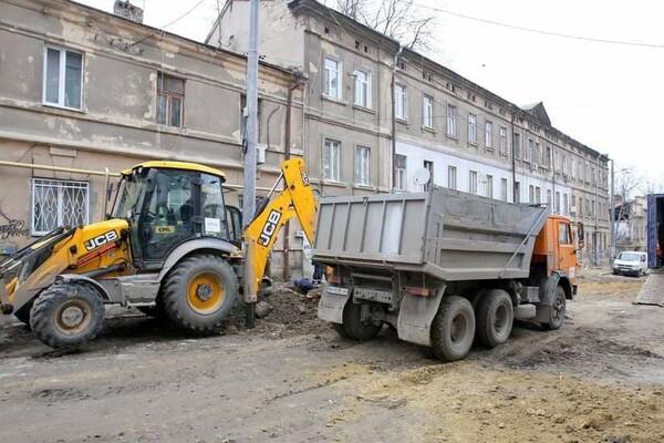 200 миллионов на новые коммуникации: в Одессе ремонтируют Деволановский спуск фото 3