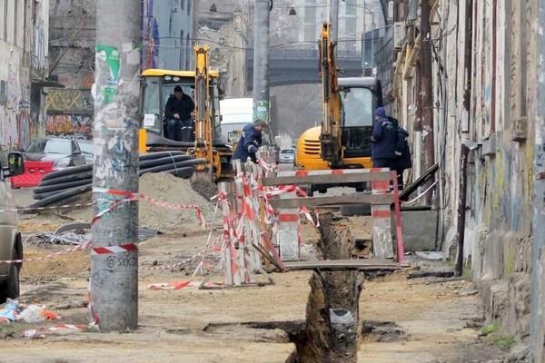 200 миллионов на новые коммуникации: в Одессе ремонтируют Деволановский спуск фото 8