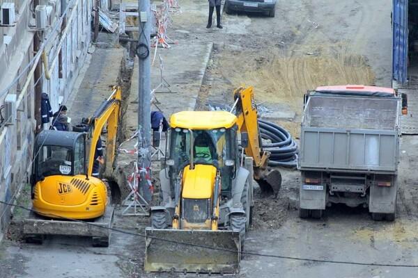 200 миллионов на новые коммуникации: в Одессе ремонтируют Деволановский спуск фото 10