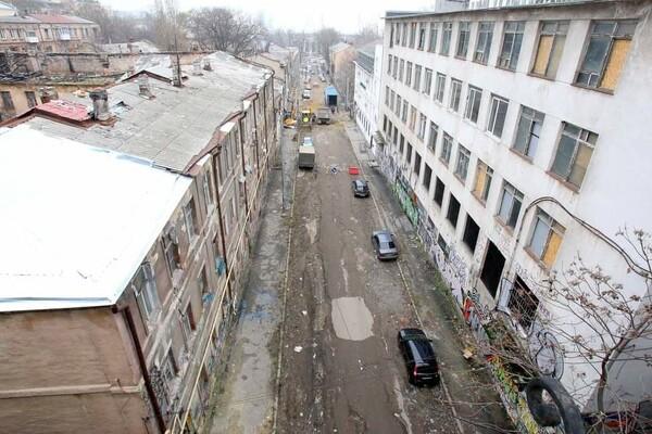 200 миллионов на новые коммуникации: в Одессе ремонтируют Деволановский спуск фото 12