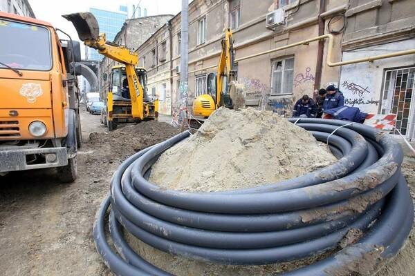 200 миллионов на новые коммуникации: в Одессе ремонтируют Деволановский спуск фото 1