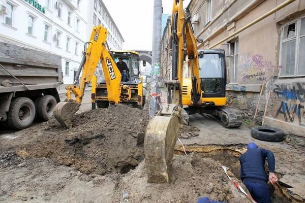 200 миллионов на новые коммуникации: в Одессе ремонтируют Деволановский спуск фото 16