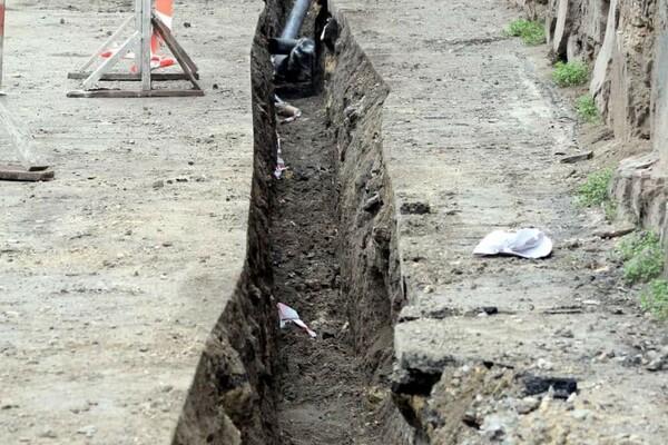 200 миллионов на новые коммуникации: в Одессе ремонтируют Деволановский спуск фото 18