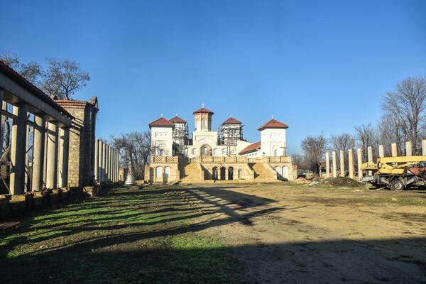 Рассмотри поближе: в Одесской области строят огромный храм в Византийском стиле  фото 7