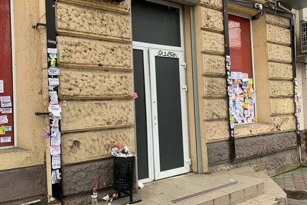 Не пережили карантин: в Одессе массово закрываются магазины фото 10