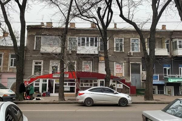 Не пережили карантин: в Одессе массово закрываются магазины фото 12
