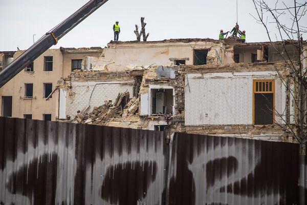 На Торговой разбирают доходный дом Бенетато: соседние постройки в опасности фото 2