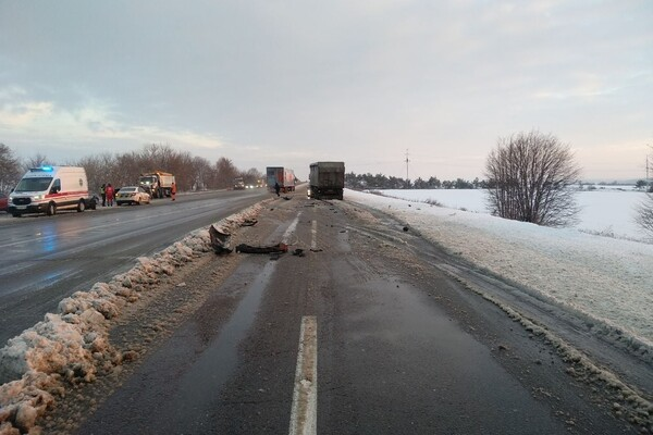 Опасный гололед: под Одессой произошло смертельное ДТП фото 3