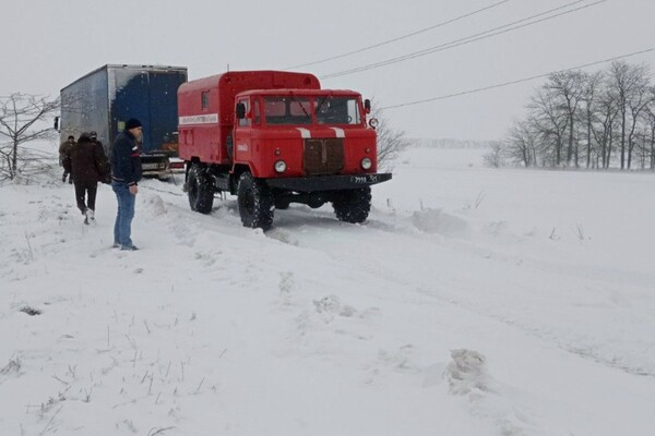 Второй день снегопада в Одессе: хроника событий (обновляется) фото 3