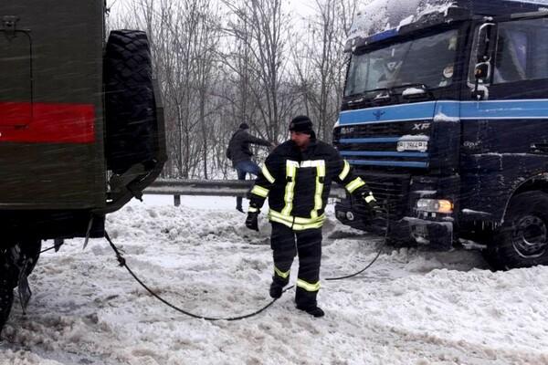 Второй день снегопада в Одессе: хроника событий (обновляется) фото 5