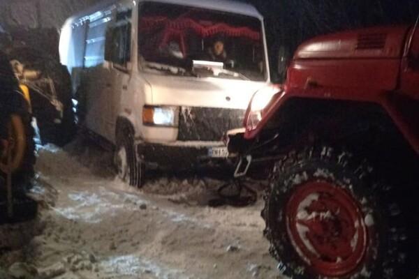 Люди ночевали в холодных машинах: какая ситуация на дорогах Одесской области фото 4