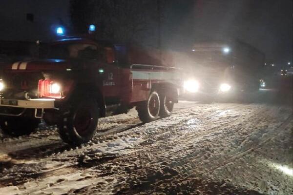 Люди ночевали в холодных машинах: какая ситуация на дорогах Одесской области фото 13