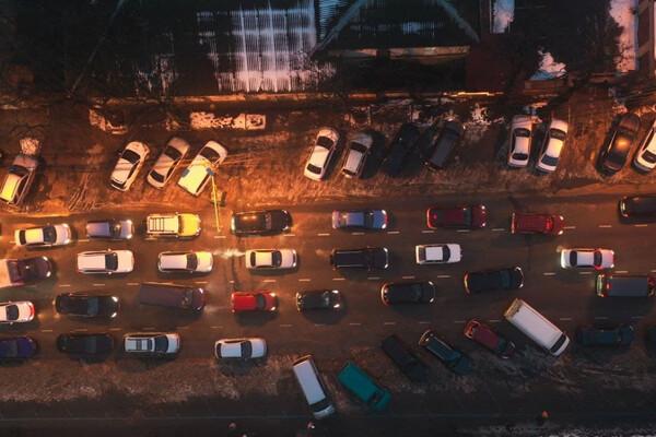 Пробки из-за перекрытой дороги: в центре Одессы невозможно проехать фото 2