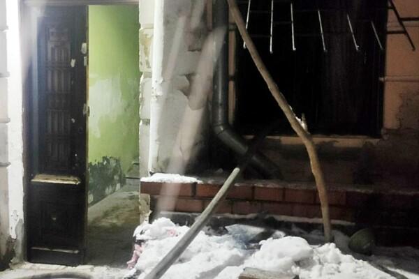 Грелась у электрообогревателя: на пожаре в центре Одессы погибла женщина фото 1