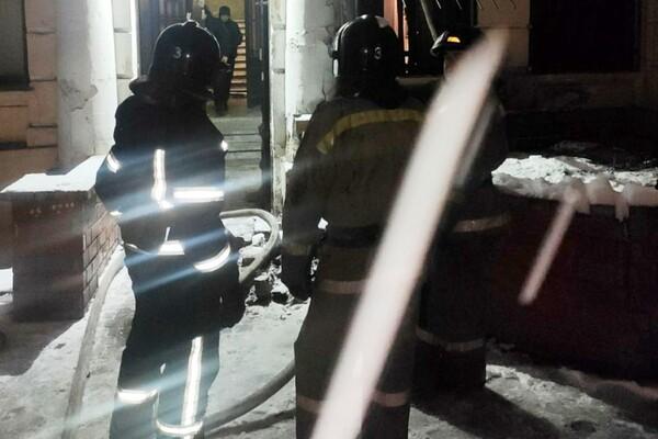 Грелась у электрообогревателя: на пожаре в центре Одессы погибла женщина фото 2