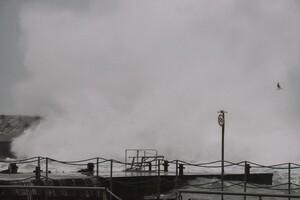 Полюбуйся стихией: на побережье Одессы обрушился сильный шторм  фото 2