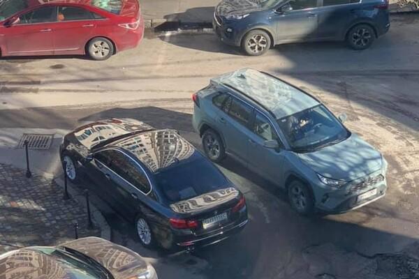 Я паркуюсь как: свежая фотоподборка наглых водителей в Одессе фото 8