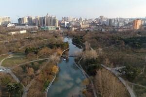 С высоты птичьего полета: смотри, как выглядит весенний парк Победы фото 2