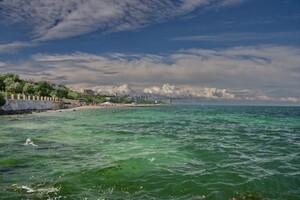 Полюбуйся: в небе над Одессой заметили необычные облака фото