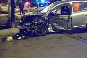 ДТП на Черемушках: BMW пролетел на два красных, погибла женщина (обновлено) фото 1